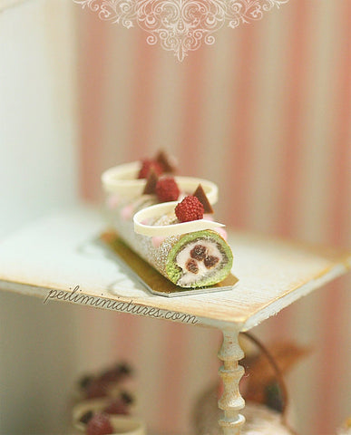 Matcha Green Tea Swiss Roll