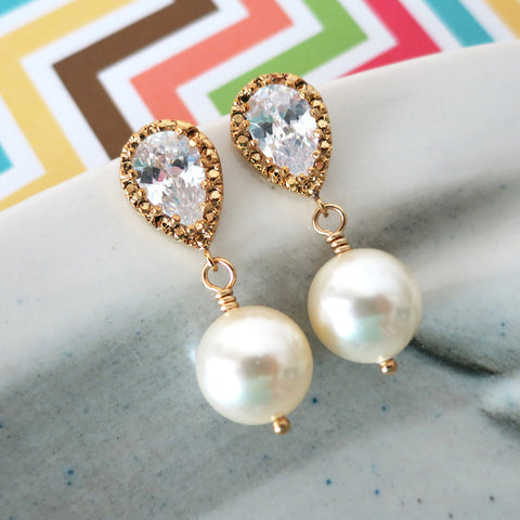 Charlotte Cream Gold Earrings