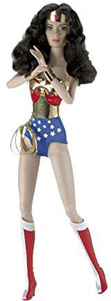 Madame Alexander Wonder Woman 16 Doll