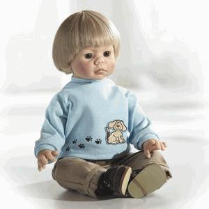 Middleton Doll 92338 Hayden - Peazz Toys