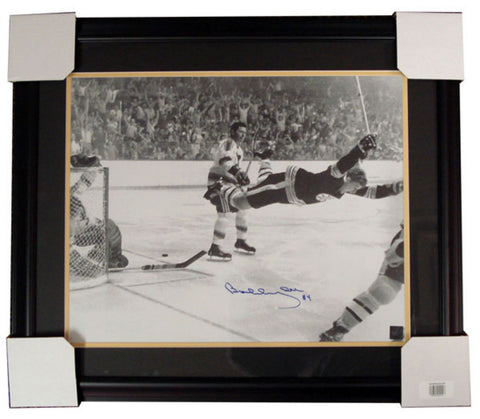 "Autographed Bobby Orr ""Flying"" 16-By-20-Inch Framed - Peazz Toys"