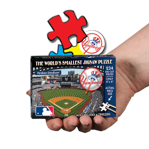 MLB World's Smallest Puzzle - Yankees - Peazz Toys