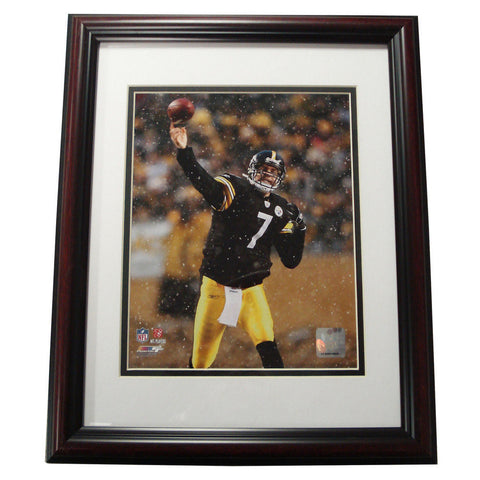 Treehugger 11X14 Unsigned Framed Photo - Pittsburgh Steeler Super Bowl 43 Champions Ben Roethlisberger - Peazz Toys