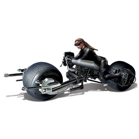 Moebius Models DC001033 Batman The Dark Knight Rises Movie Model Kit - 1/18 Scale Batpod w/ Catwoman - Peazz Toys