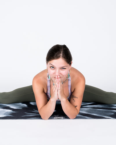 Tie Dye Yoga Towel - LEUS Towels