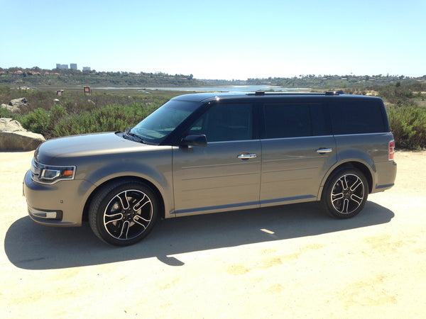 Ford Flex with Vista Roof Shark Fin Antenna