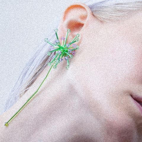 """ALLIUM CEPA"" GREEN MONO EARRING"