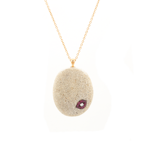 """Cap-d'Ail Lips Beach Stone Necklace"""