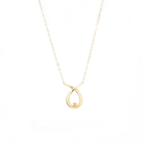 """10k Yellow Gold and Diamond Fish Pendant"" Necklace"