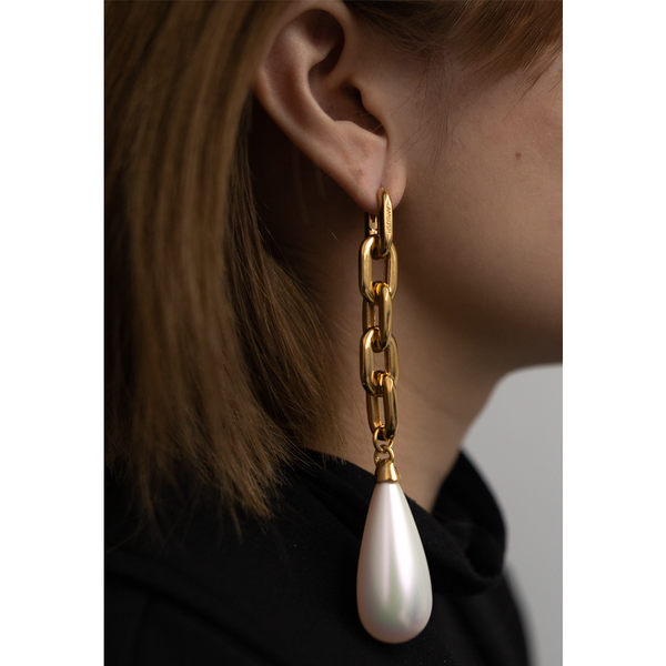 """DROP PEARL"" GOLD-TONED MONO EARRING"