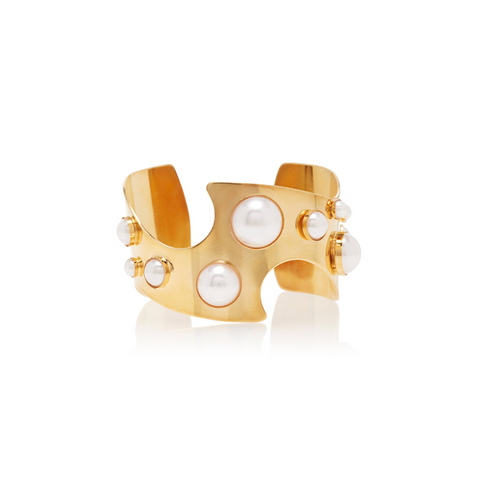 """CUT OUT"" GOLD CUFF WITH PEARL DETAILS"