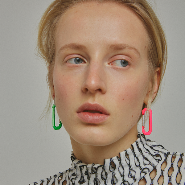 """CHIARA"" BIG FLUO FUCHSIA & WHITE GOLD MONO EARRING WITH DIAMONDS"