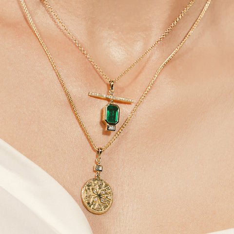 """Emerald Nesw Diamond"" Necklace"