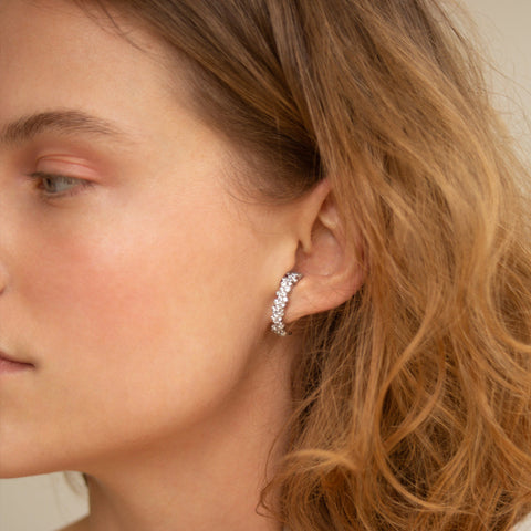 """MIRIAN"" WHITE DIAMOND PAVÉ MONO EARRING"
