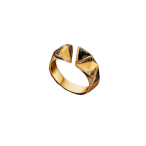 """CARIOCA"" YELLOW GOLD & BLACK / WHITE DIAMOND RING"