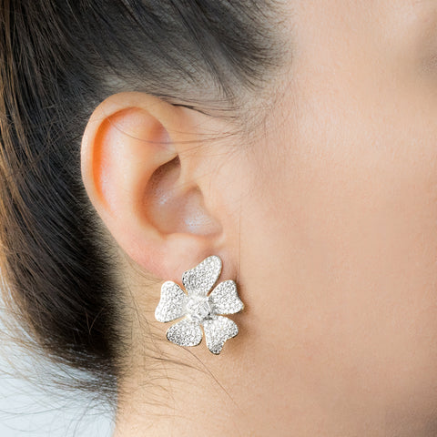 """Small Silver Open Flower"" Mono Earring"