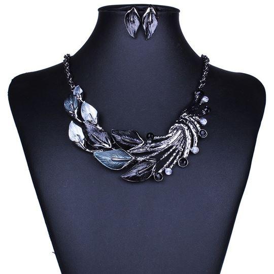 Collier vintage queue de paon Royaume du Bijou Bleu