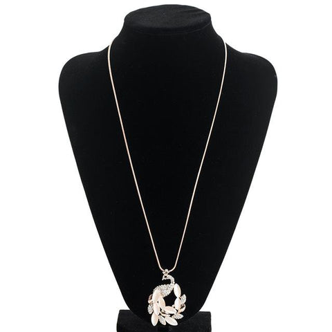 Long Collier Paon en Strass