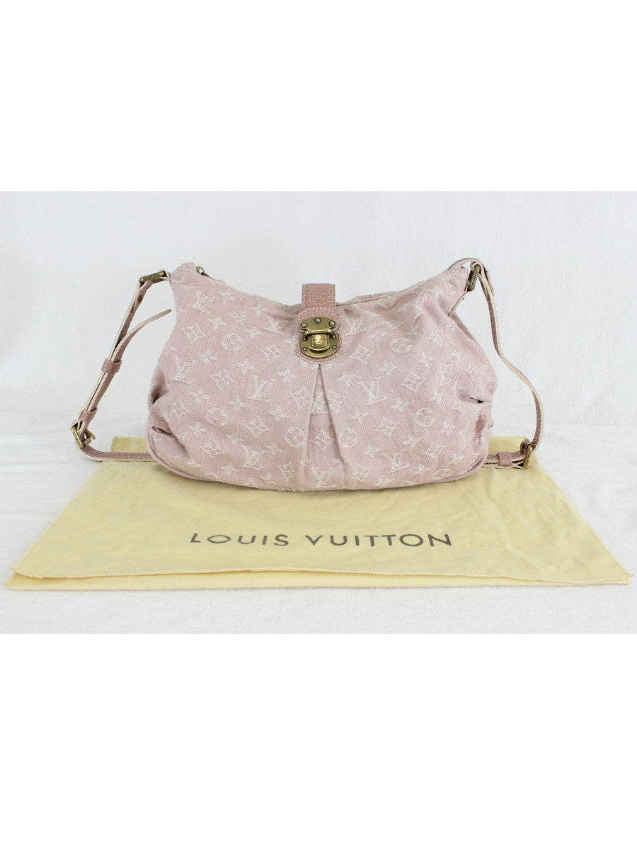 Louis Vuitton <br> Slightly