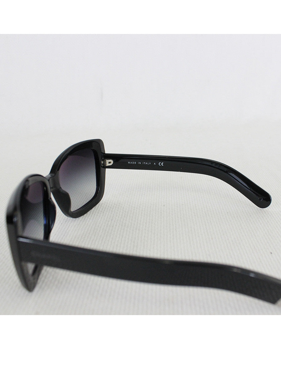 CHANEL <br> CC Logo Sunglasses