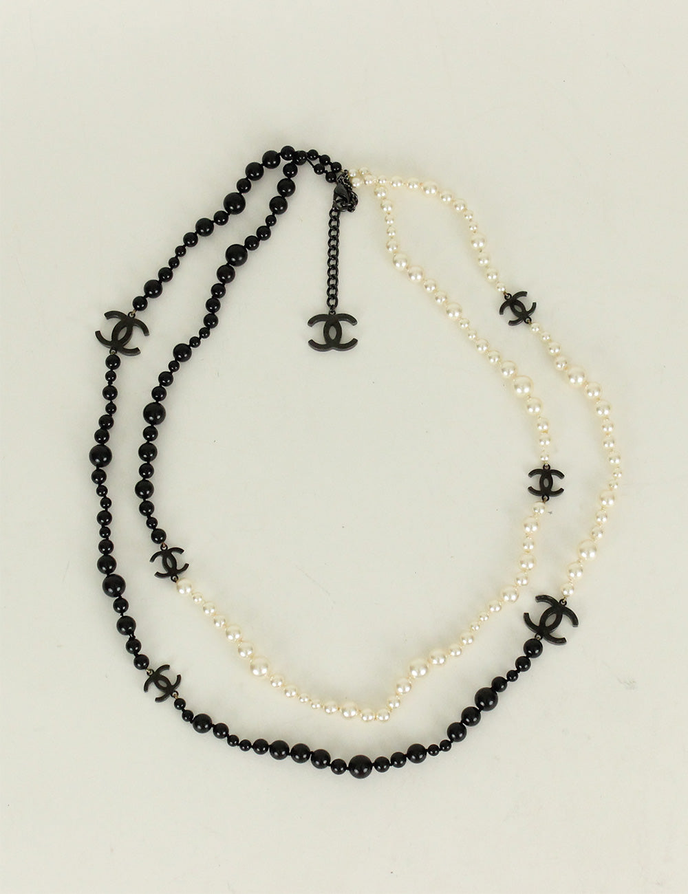 Chanel <br> Pearl Beaded CC Long Necklace