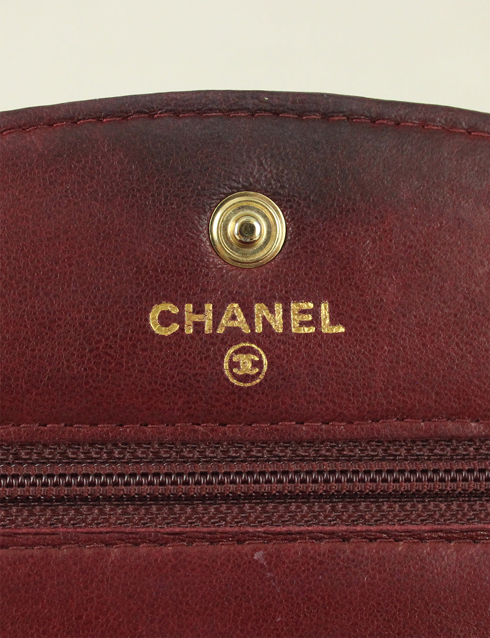 Chanel <br> Classic Caviar Wallet On Chain