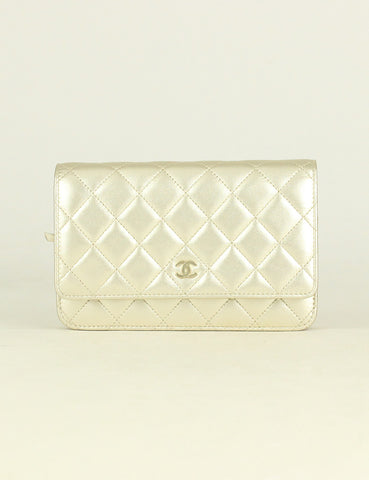Chanel <br> Quilted Classic Wallet On Chain Bag