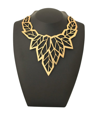 Geo Leaf Necklace Gold
