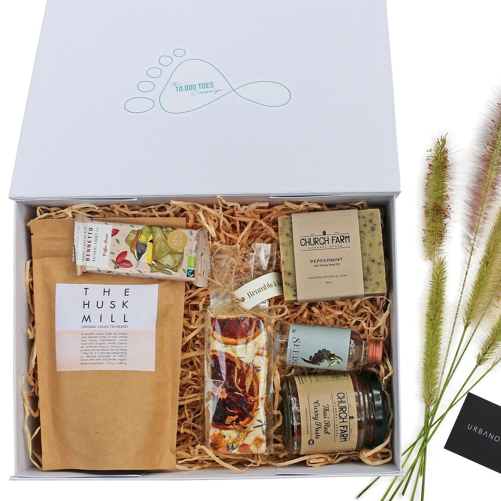 10,000 Toes Gift Box