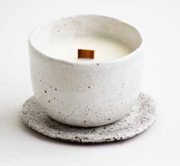 Curved Candle - Speckle