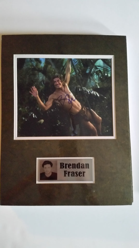 Signed photo of Brendan Fraser as George of the Jungle