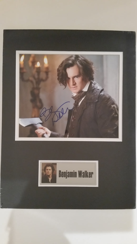 Signed photo of Benjamin Walker