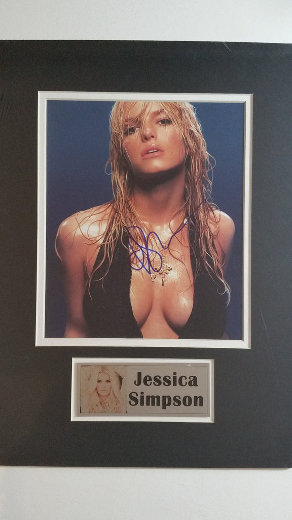 Signed photo of Jessica Simpson