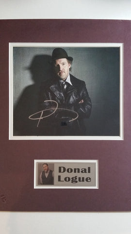 Signed photo of Donal Logue