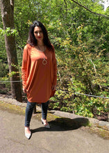 Load image into Gallery viewer, AMARIS Longline Cardi in Pumpkin