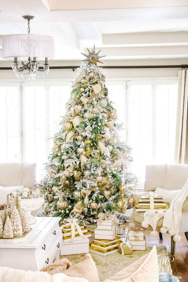 How to put up a Insta-Worthy Christmas Tree