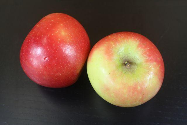 Little Farms Kanzi Apple (Each) Produce > Fruit