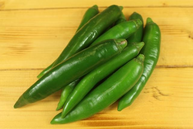 Little Farms Produce Chillies Long Green 150g Produce > Vegetables