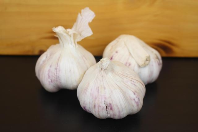 Little Farms Produce Fresh Garlic (2 Pcs) Produce > Vegetables