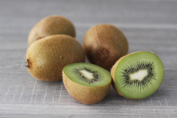 Little Farms Produce Green Kiwis (EACH)* Produce > Fruit