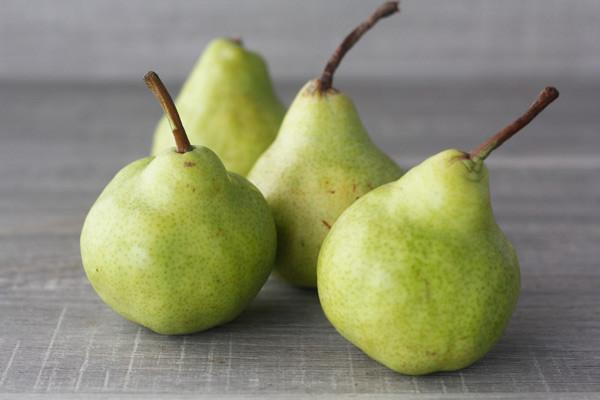 Little Farms Produce Packham Pear (EACH) Produce > Fruit