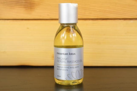 Lively Linseed Products Herbal Massage Oil Personal Goods > Beauty