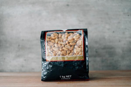 Santos Unsalted Peanuts 1kg Pantry > Dried Fruit & Nuts