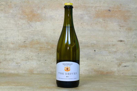 Seppelt The Drives NV Chardonnay Pinot Noir 2016 750ml Alcohol > Wine