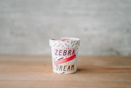 Zebra Organic Strawberry Baobab Ice Cream 150ml Freezer > Ice Cream