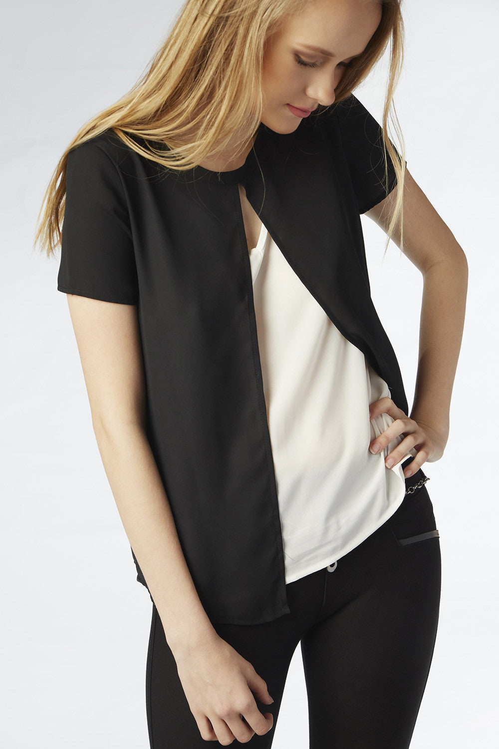 Tara Tuck-in Blouse