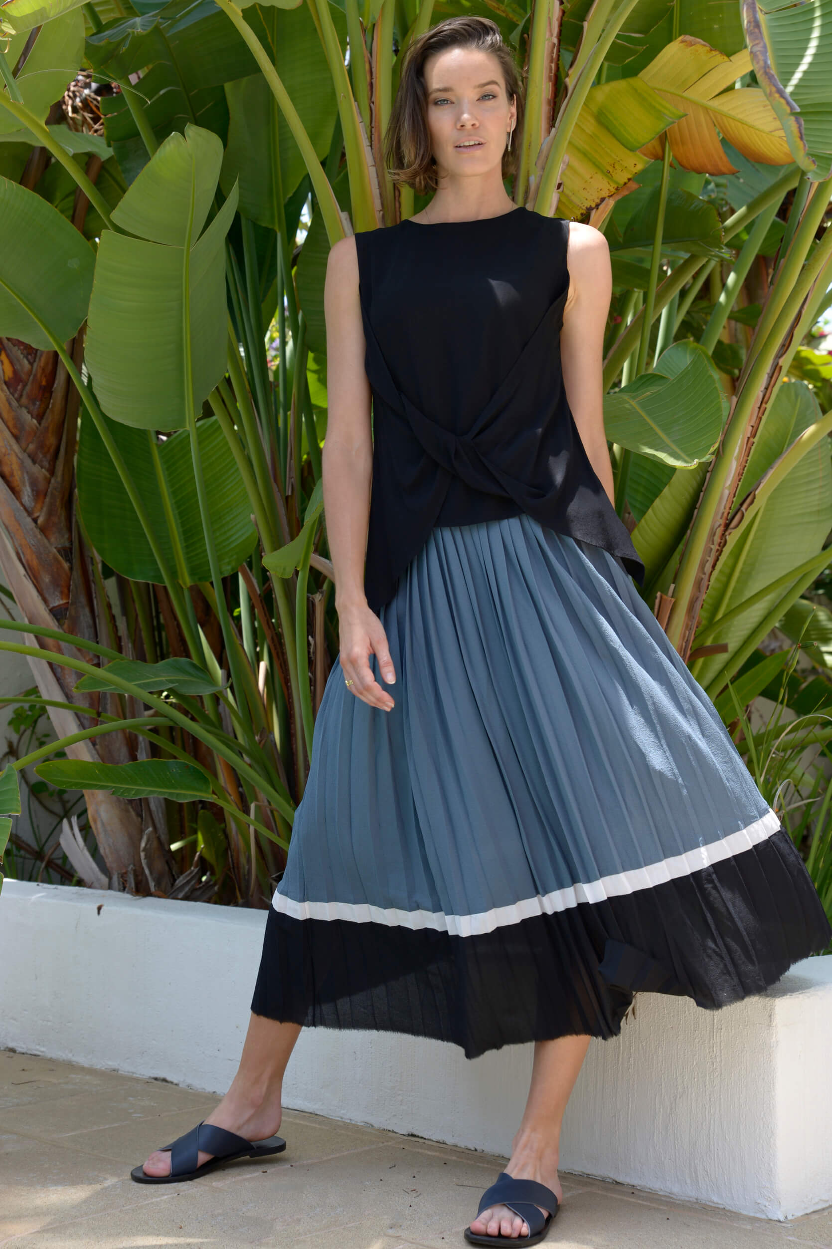 SHIRAZ PLEATED SKIRT