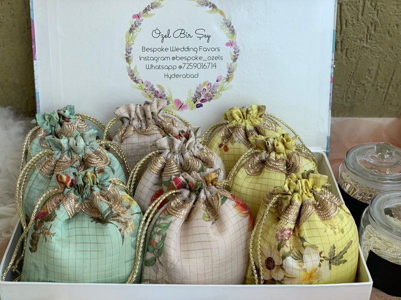 Silk Route Summer Wedding Favors - Set of 12