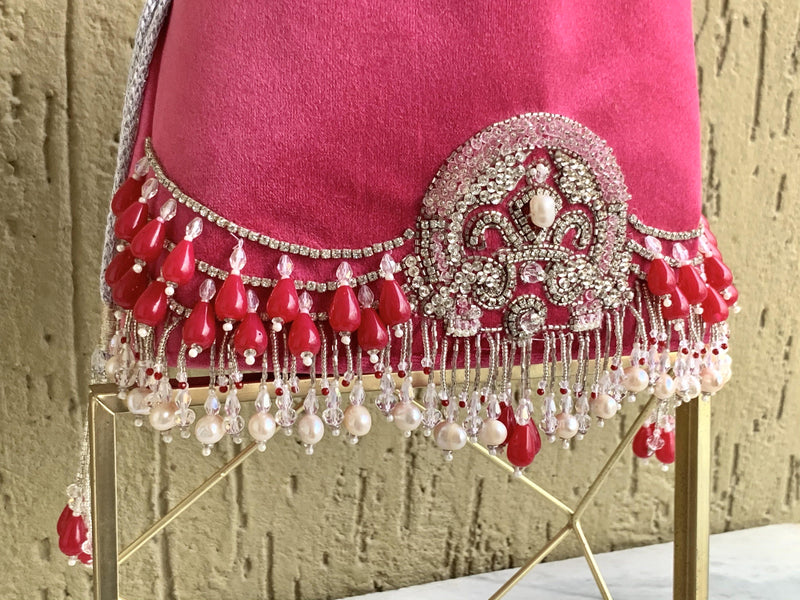 Embellished Velvet Bag with Chain Sling - Ozel Bir Sey