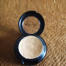 NC20 Studio Finish Spf 35 Concealer - MAC